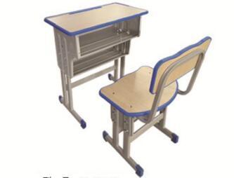 双层双柱课桌椅